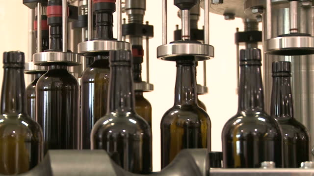 Bottling machine video