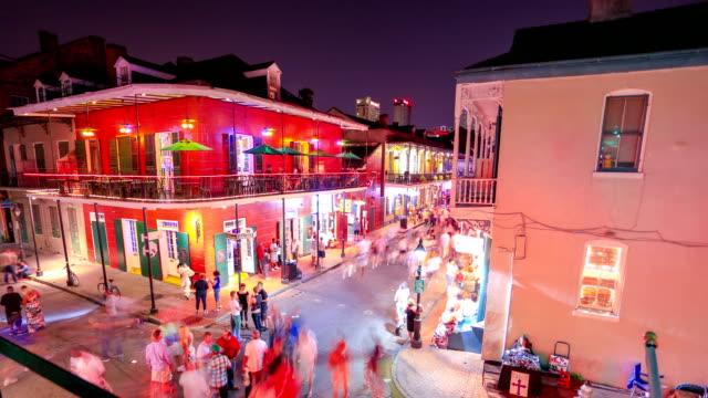 bourbon street, new orleans, la - strandnära bildbanksvideor och videomaterial från bakom kulisserna