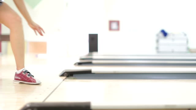 HD: Bowling video