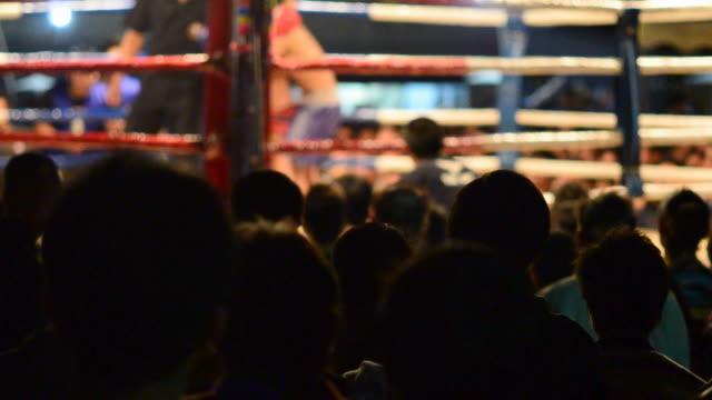 vídeos de stock e filmes b-roll de boxe - boxe tailandês