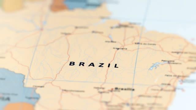 vídeos de stock, filmes e b-roll de braz da américa do sul no mapa do mundo - brazil map