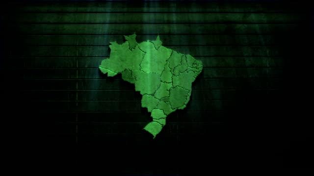 vídeos de stock, filmes e b-roll de brasil mapa de textura de madeira - brazil map
