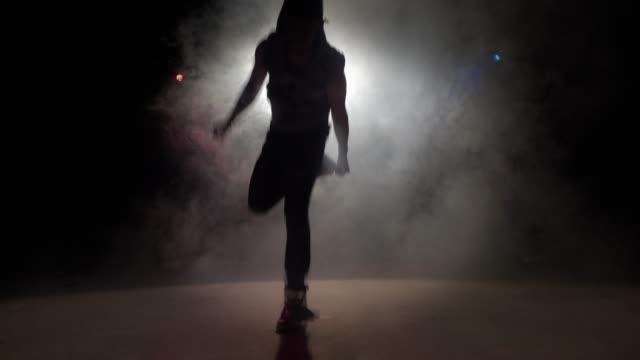 break dance - podświetlony filmów i materiałów b-roll