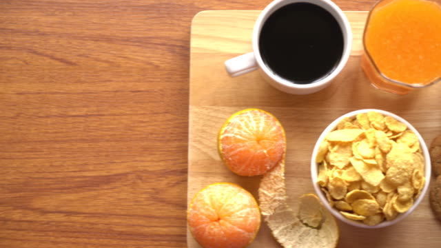 breakfast set video