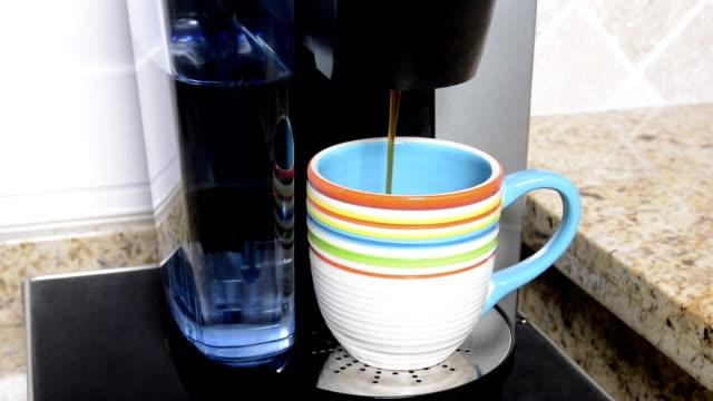Un buon caffè - video