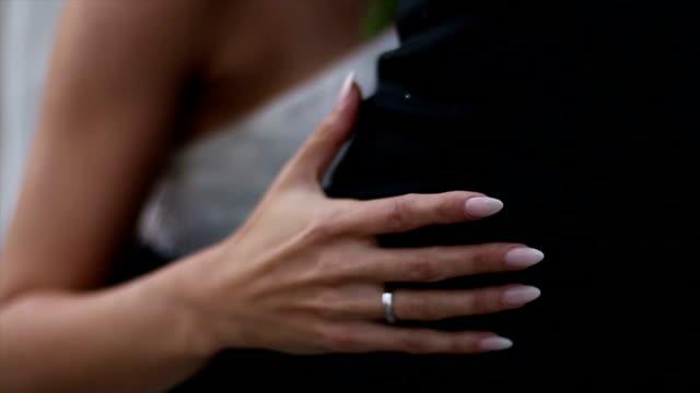 Bride hand video