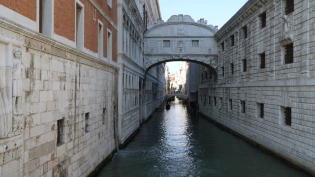Bridge of Sighs. Venice, Italy video