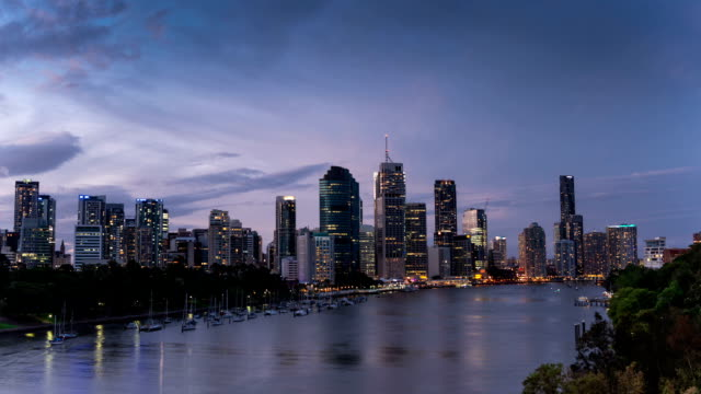 TIME LAPSE: Brisbane skyline sunset video