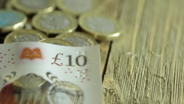 britisches geld - 4k - pfand stock-videos und b-roll-filmmaterial