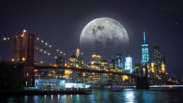 Brooklyn bridge, Freedom tower and the moon video