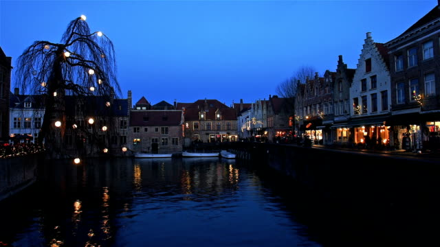 brugge, belgium : historical centre view with old buildings reflection - bruges video stock e b–roll