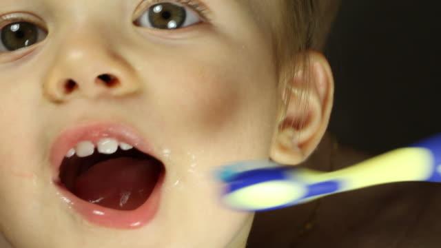 Brush your teeth video