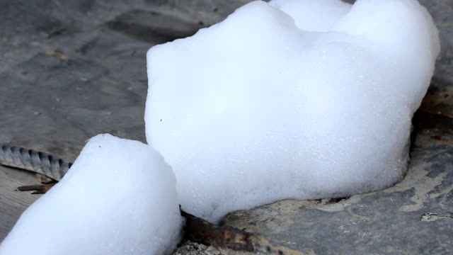 Bubble on drain surface close video