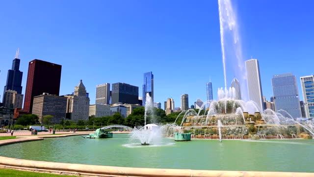 Buckingham fountain in Chicago video
