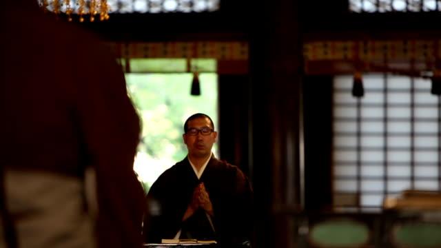 buddista novizio - buddha video stock e b–roll