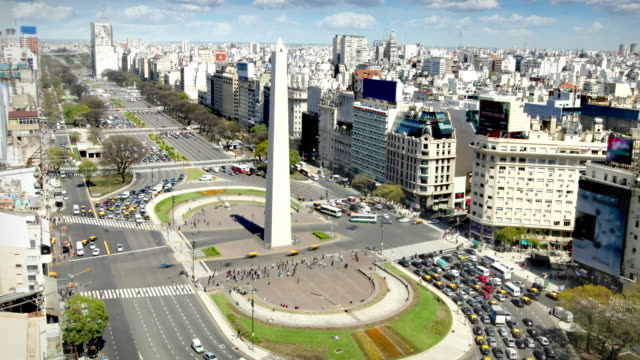 buenos aires, argentina - obelisk stok videoları ve detay görüntü çekimi