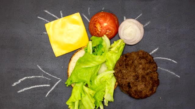 Bâtiment un hamburger. animation image par image - Vidéo
