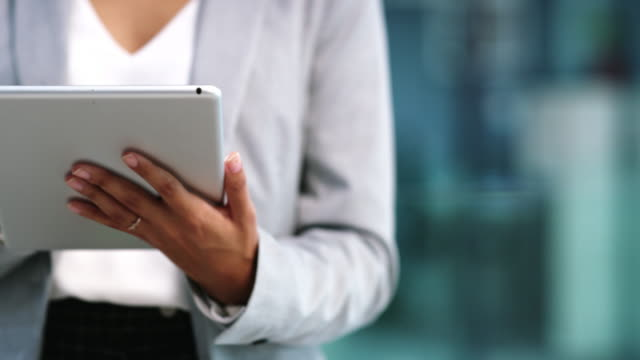 새로운 디지털 플랫폼에서 비즈니스 구축 - 헌신 스톡 비디오 및 b-롤 화면