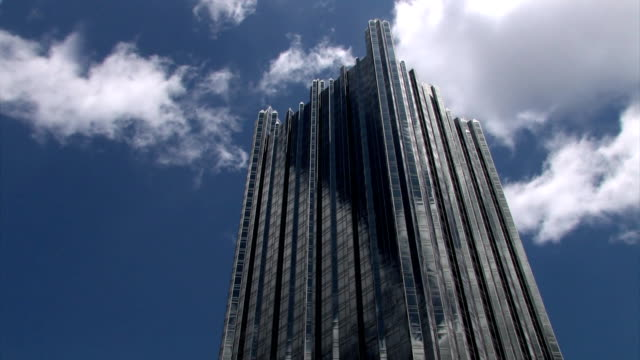 PPG Building in Pittsburgh Time Lapse video