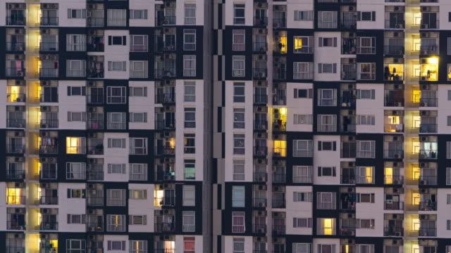vídeos de stock e filmes b-roll de 4k tl: building rooms condominium.(zoom in) - aproximar imagem