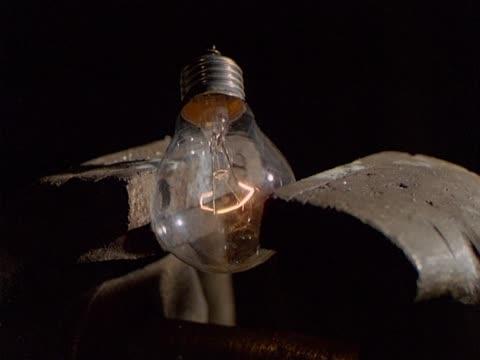 Bulb in exploding vise video