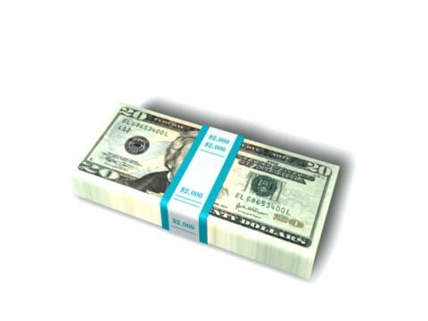 vídeos y material grabado en eventos de stock de tarjeta caer en un montón de dinero-ntsc - accesorio financiero