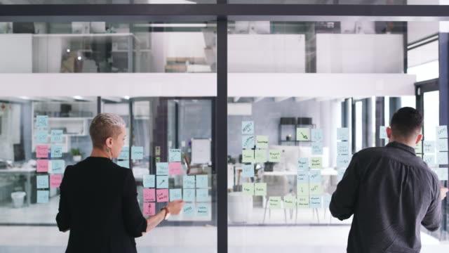 ビジネスはペースの速い業界です - ファストモーション点の映像素材/bロール