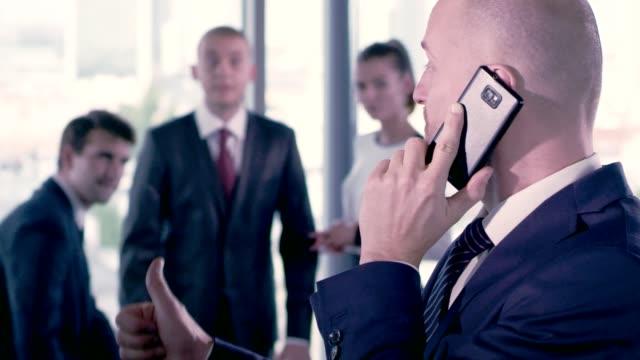business negotiations - femminilità video stock e b–roll