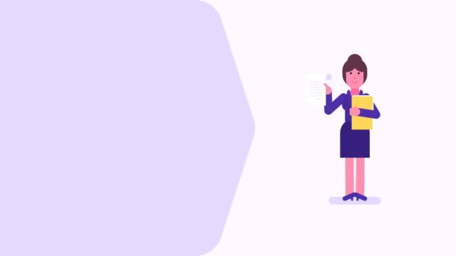 geschäftsfrau hält dokument und ordner. videomekonzeptes - weibliche führungskraft stock-videos und b-roll-filmmaterial