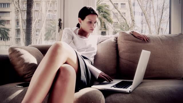 vídeos de stock, filmes e b-roll de mulher de negócios - assistente jurídico
