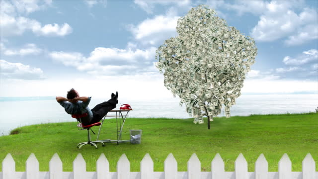 uomo d'affari e albero di soldi - gente serena video stock e b–roll