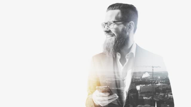 stockvideo's en b-roll-footage met zakenman in göteborg - dubbelopname businessman