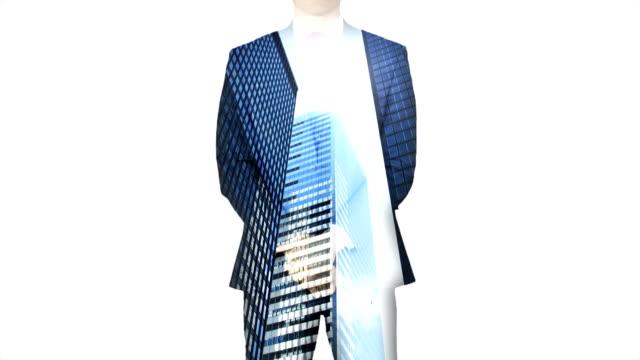 stockvideo's en b-roll-footage met businessman with city and skyscraper overlay - dubbelopname businessman