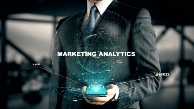 vidéos et rushes de homme d'affaires marketing analytique - relation client
