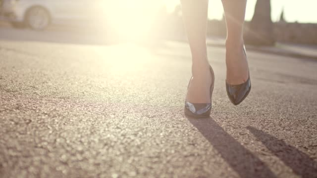 businesswoman wearing heels walking in the city. close up on legs - high heels stock videos & royalty-free footage
