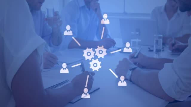 vídeos y material grabado en eventos de stock de oficina ocupada y red de iconos 4k - evolución