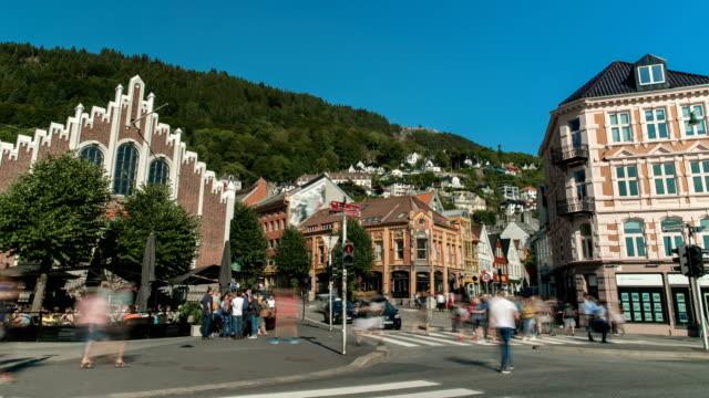 vídeos y material grabado en eventos de stock de calles ocupadas en el lapso de tiempo de bergen noruega - bergen