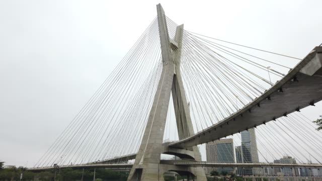 cable-stayed bridge and marginal pinheiros at sao paulo city - cavo d'acciaio video stock e b–roll