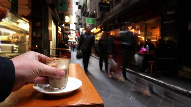 カフェ」では、メルボルン,オーストラリア - オーストラリア メルボルン点の映像素材/bロール