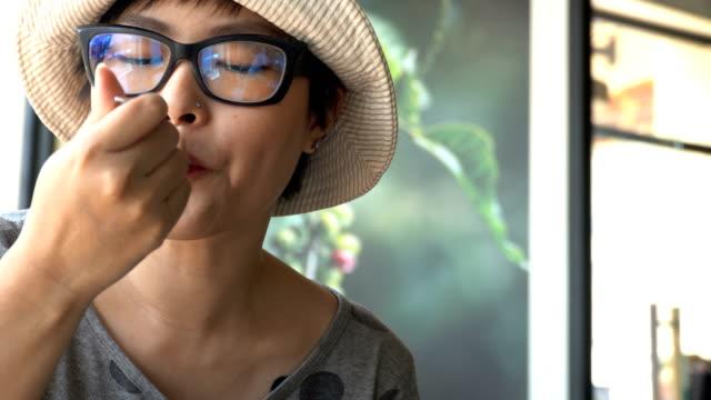 vidéos et rushes de le café  - fourchette