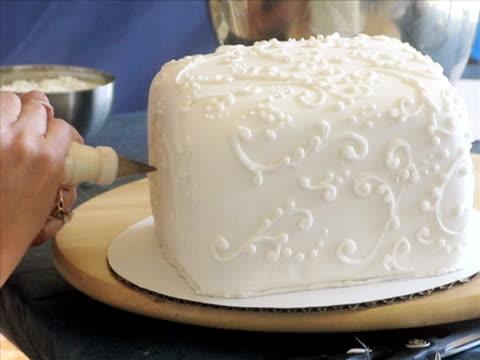 Cake Decorating (PAL) video