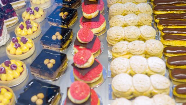 Gâteaux à la pâtisserie - Vidéo