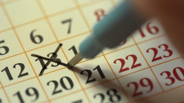 calendar 13. the thirteenth day of the month - data scritta video stock e b–roll
