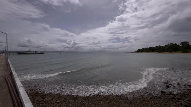 tranquillo paesaggio marino sfondo video - telecomando background video stock e b–roll