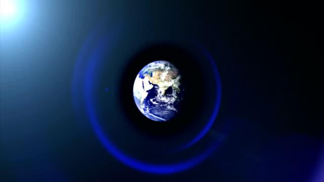 カメラのレンズと宇宙の大地 - 地球のビデオ点の映像素材/bロール