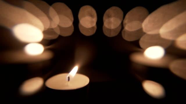 candle light backdrop background - jesus christ filmów i materiałów b-roll