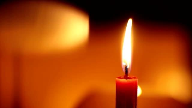 Luces de velas. Luces románticas - vídeo