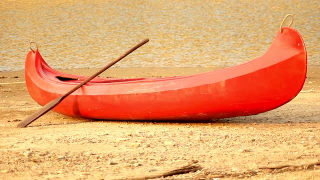 Canoe (HD) video