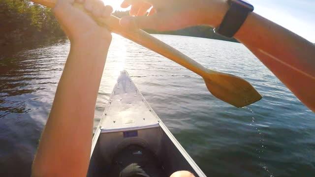 Canoë-kayak en Suède Point de vue - Vidéo