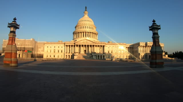 abd capitol binası sabah - kubbe stok videoları ve detay görüntü çekimi